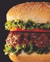 la carne de res alimentada con pasto es más saludable que la carne de res alimentada con grano